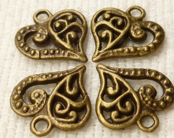Intricate Detailed Swirl and Filigree Heart Charms , Antiqued Bronze (10) - A40
