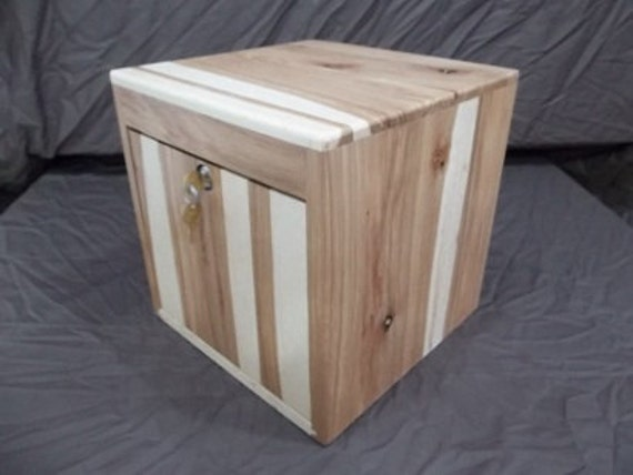 Card Box can be used for Weddings, Bar Mitzvah, Comments, Donations. or Memorials