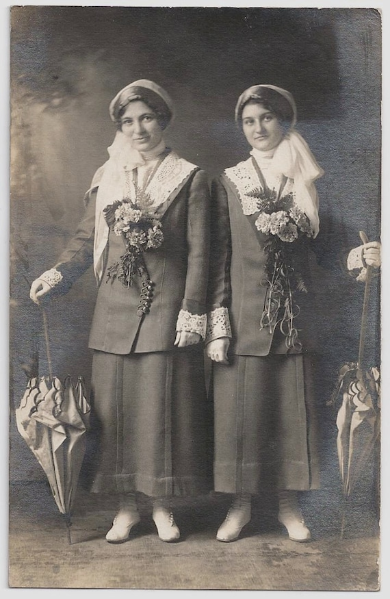 Old Photo Postcard Women wearing Same Outfit Flowers Parasol Umbrellas Lace Cuff and Collar Photograph vintage