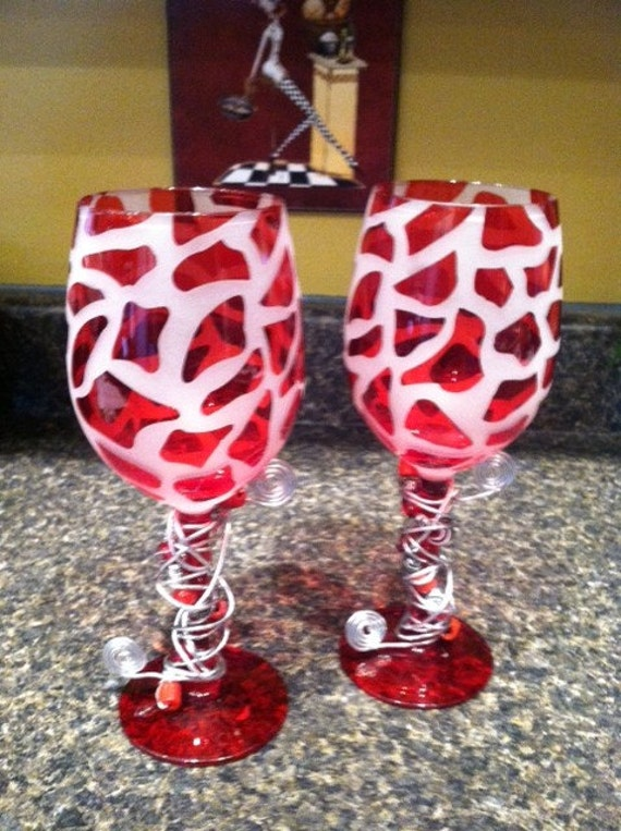 Funky and unique wine glasses by thefunkyhouseoflydia on etsy - Funky champagne flutes ...