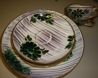 Occupied Japan Dinnerware - 9 pieces EX condition, no sign of usage