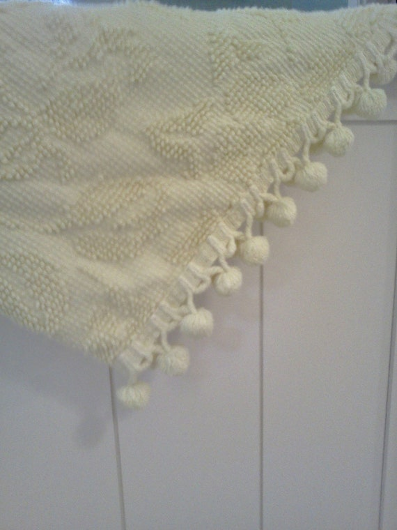 Vintage Chenille Bedspread Yellow Hobnail Ball Fringe Double