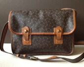 Sale // Vtg Brown & British Tan Leather Crossbody Handbag