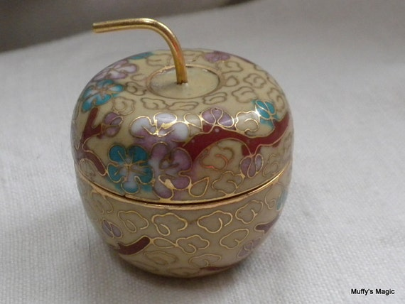 Cloisonne Apple Box Pale Yellow Cherry Blossoms