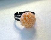 Dahlia flower cabochon adjustable Ring size 4, 5, 6, 7