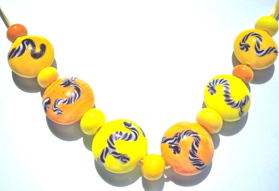 SRA Yellow, yellow and yellow lampwork glassbeads, made by me