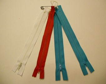 set of 4  zippers 7 inch (HR12)