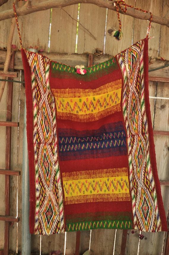 Vintage Southwest Wool Rug - Wall Hanging Navajo Indian style Boho Gypsy Guatemalan Ethnic