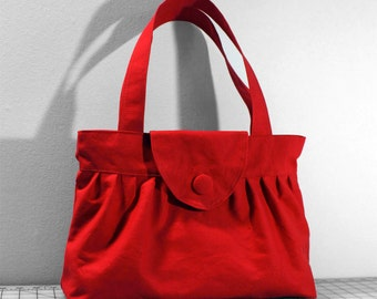 Pleated Handbag with Flap Closure in Red