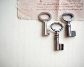 Three Small Vintage Keys Old Mini Rusty Skeleton Barrel Keys