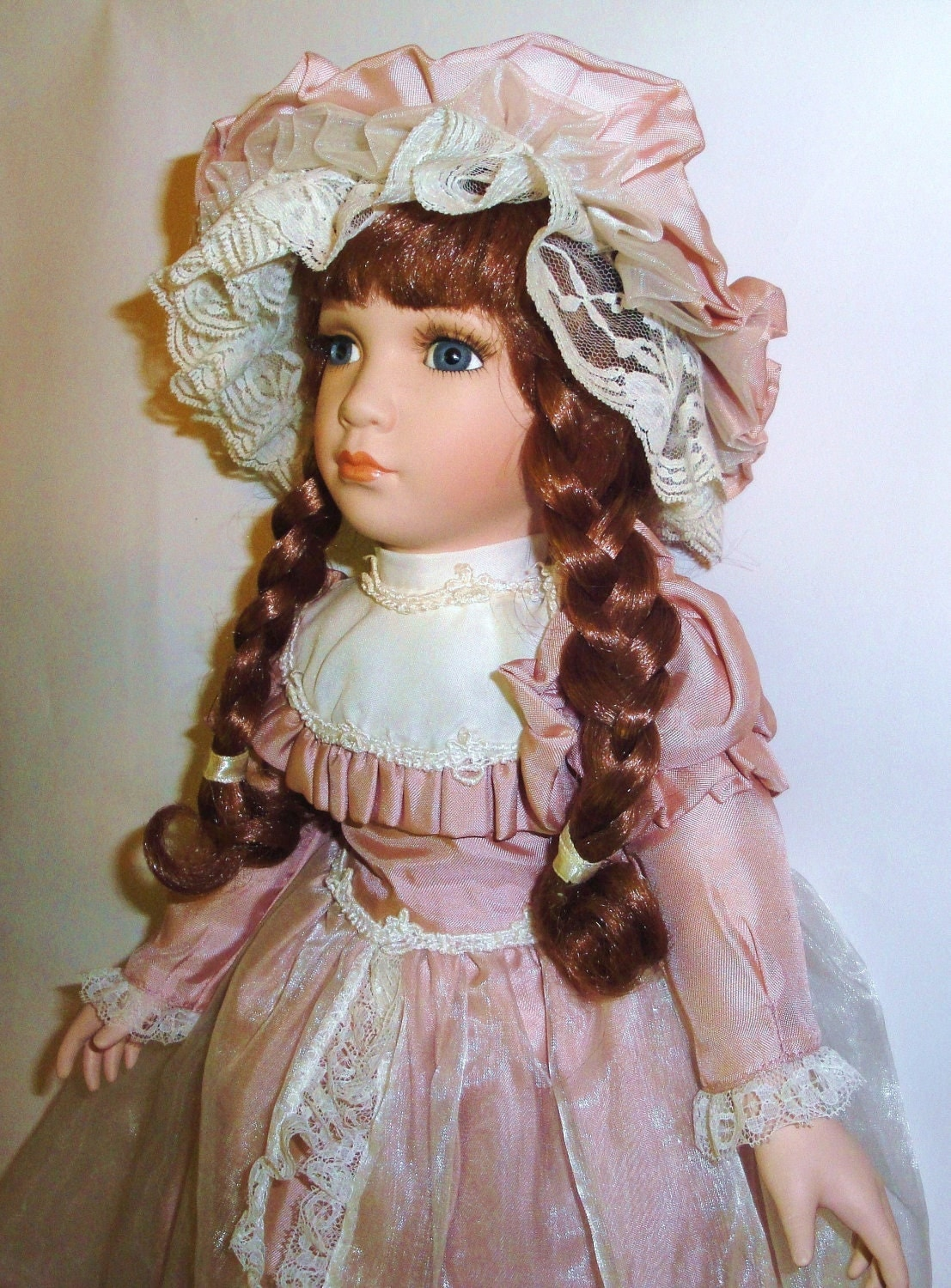 Vintage Porcelain Doll 18 William Tung Tuss Inc