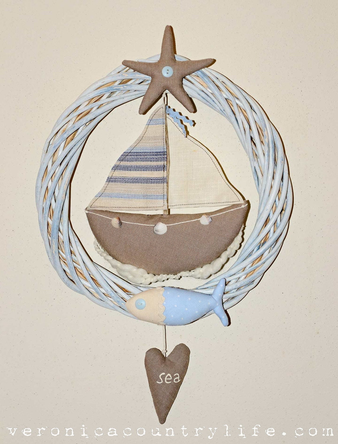 EPATTERN Coastal Wreath boat fish heart by VERONICACOUNTRYLIFE