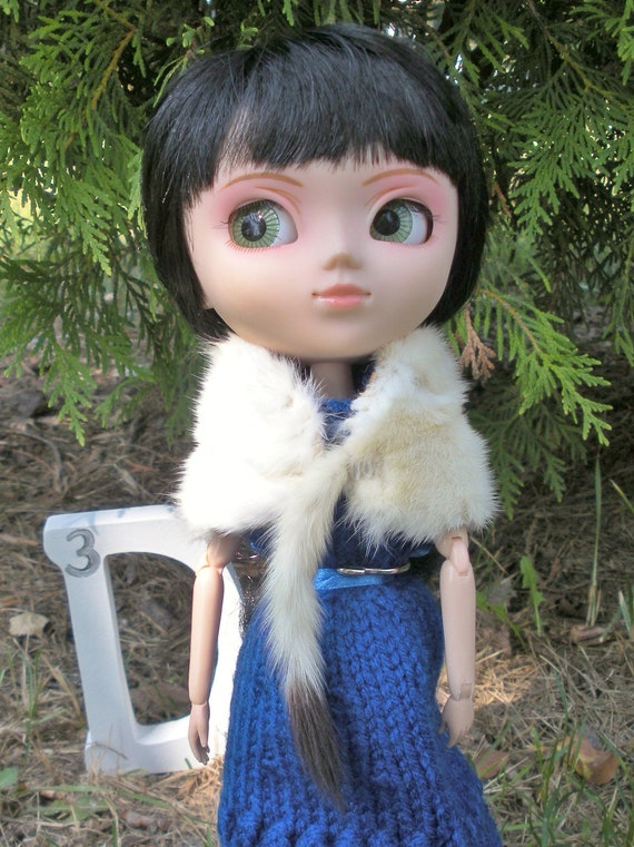 Ermine Fur Stole for Fashion Dolls like Pullip & Barbie
