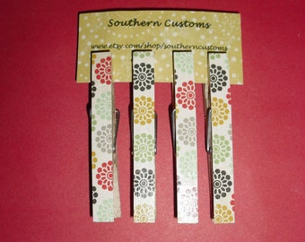 Clothespin Magnets Flower, Doily, Vintage Pattern, Red, Green, Blue, Black, Gray, and Yellow, set of four
