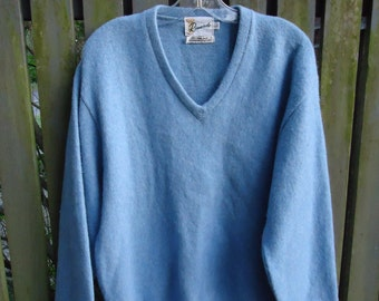 Vintage 1960s Mohair V neck Pullover Sweater GRUNGE STYLE