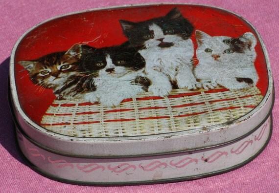 Retro Vintage Kitsch Kitten Sweet Tin