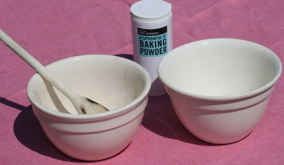 Pair of vintage earthenware pudding basins or mixing bowls