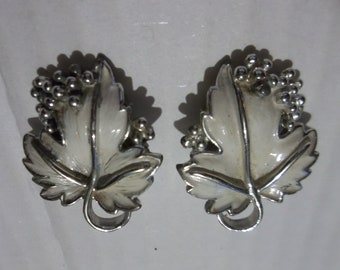 Sarah Coventry Earrings