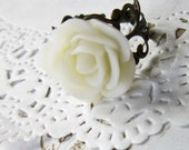 Ivory Flower Cameo Ring - Filigree WhiteRose Cabochon