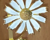 Vintage Gold and White Daisy Flower Pin by CJW