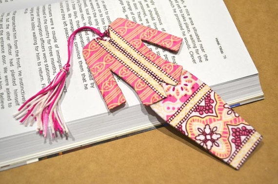 Malaysian Traditional Baju Kebaya Fabric Bookmark (Batch 4): Pink and White Floral