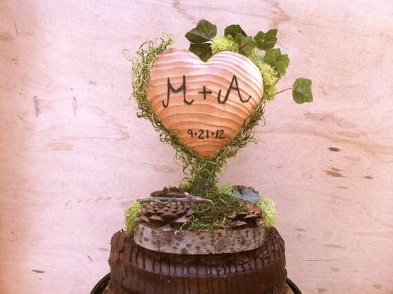 Green Moss Wedding Cake Topper - Heart Wedding Cake Topper - Wooden Heart Cake Topper - Rustic Cake Topper - Unique Wedding Cake Topper