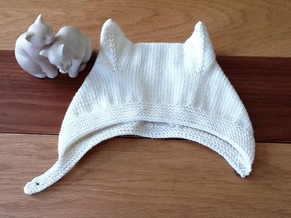 Hand knitted Kitten Bonnet  6-12M, Retro Kitten Bonnet,Kitty cat hat,Great photo prop.Custom Colours.