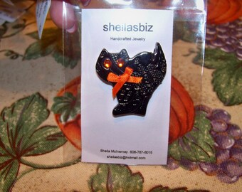 Lace Textured Halloween Black Cat Pin