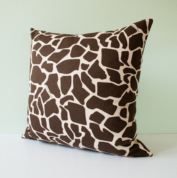 Brown and cream throw pillow cover, decorative cushion cover, accent pillow case, throw pillow - brown and cream giraffe print 18x18 inches