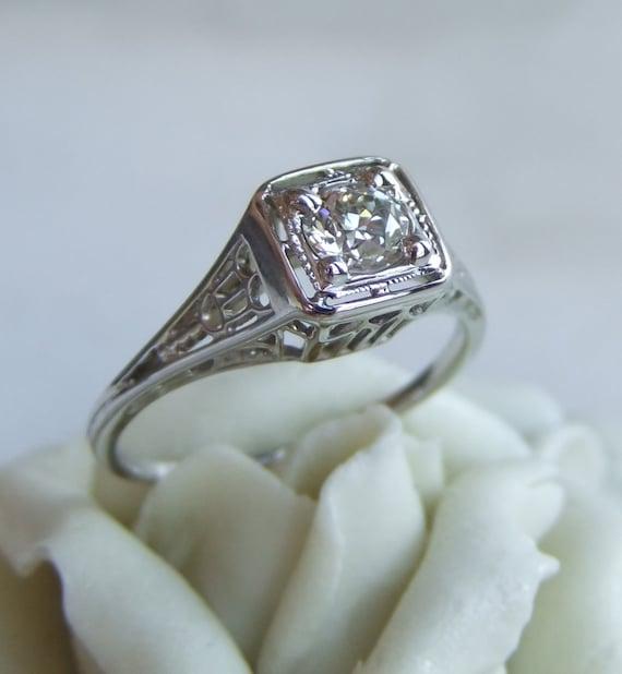 Antique Art Deco Diamond Filigree Engagement Ring