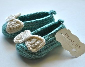 Baby & Co Baby Blue Baby Shoes -- infant shoes baby boots baby shoes baby slippers baby booty newborn gift babyshower pregnancy gift