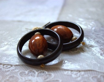 Wooden Earrings Roshen. Handmade wooden jewelry.