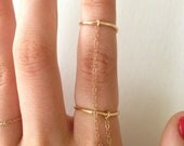 14k GOLD FILLED Connected Chain Ring ((NEW))