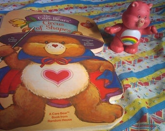 Care Bears Book set-Cheer Bear and The Care Bears Circus of Shapes Book Set rainbow heart