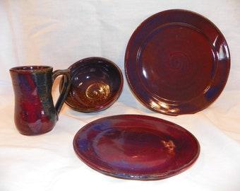 Amethyst red/blue ceramic plate setting
