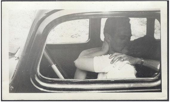 vintage photo couple making out in car old photo snap shot. Black Bedroom Furniture Sets. Home Design Ideas