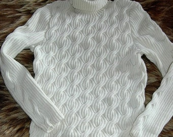 Elegant Cable Sweater for Men, handknit in pure merino wool - a very special gift for him