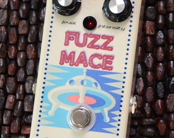 Fuzz Mace fuzz - classic distortion guitar effects pedal