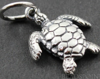 Sterling Silver Sea Turtle Charm / Pendant with Jump Ring, Sea Life Jewelry Component, (SS/CH7/CR27)
