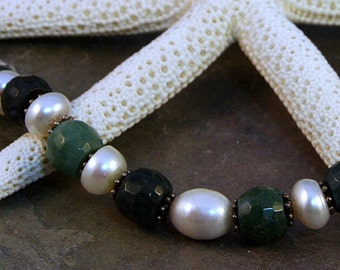 Faceted Green Mose Agate and Creamy Potato Pearls Beaded Choker with Sterling Silver Textured Rings Single Pearl Dangle and Black Nylon Cord