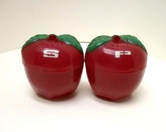 Vintage Plastic, Red Apple Salt & pepper Shakers