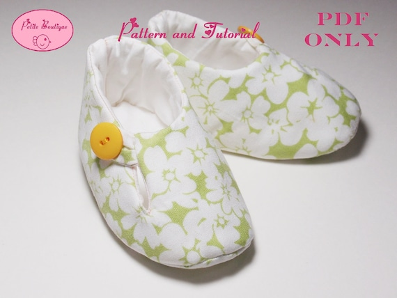 Baby shoe pattern - Green White Rose Mallow Loafer