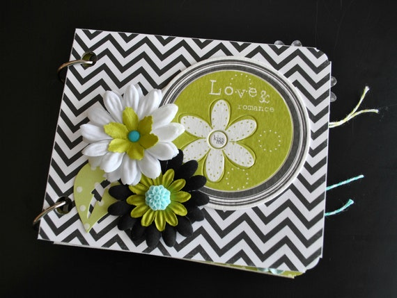 Love & Romance mini chipboard album - Mini Album