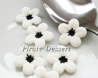 WHITE Sugar Flowers - half inch (12mm) Fondant Blossoms - Edible cake decorations (White and Black)(12 pieces)