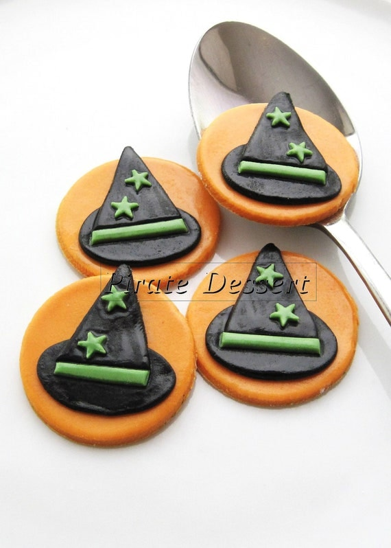 edible halloween cupcake toppers halloween cupcakes fondant cake decorations classic halloween theme 6 pieces - Edible Halloween Decorations