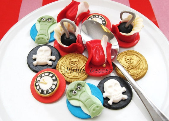 Edible CAPTAIN HOOK Cupcake toppers Fondant cake by ...