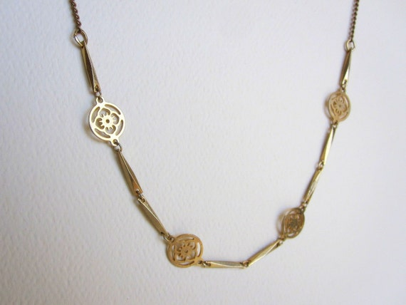 Delicate Gold Flower Necklace
