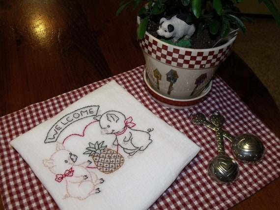 "Set of 5  ""Simply Pigs"" Hand Embroidered Cotton Dish Towels"