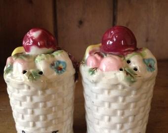 Vintage Fruit Baskets Salt and Pepper Shakers