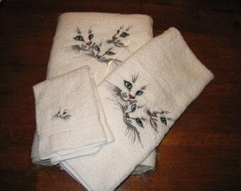 Towel Set of 3,Kitten Trio,blue eyes,bath,hand,wash cloth,white
